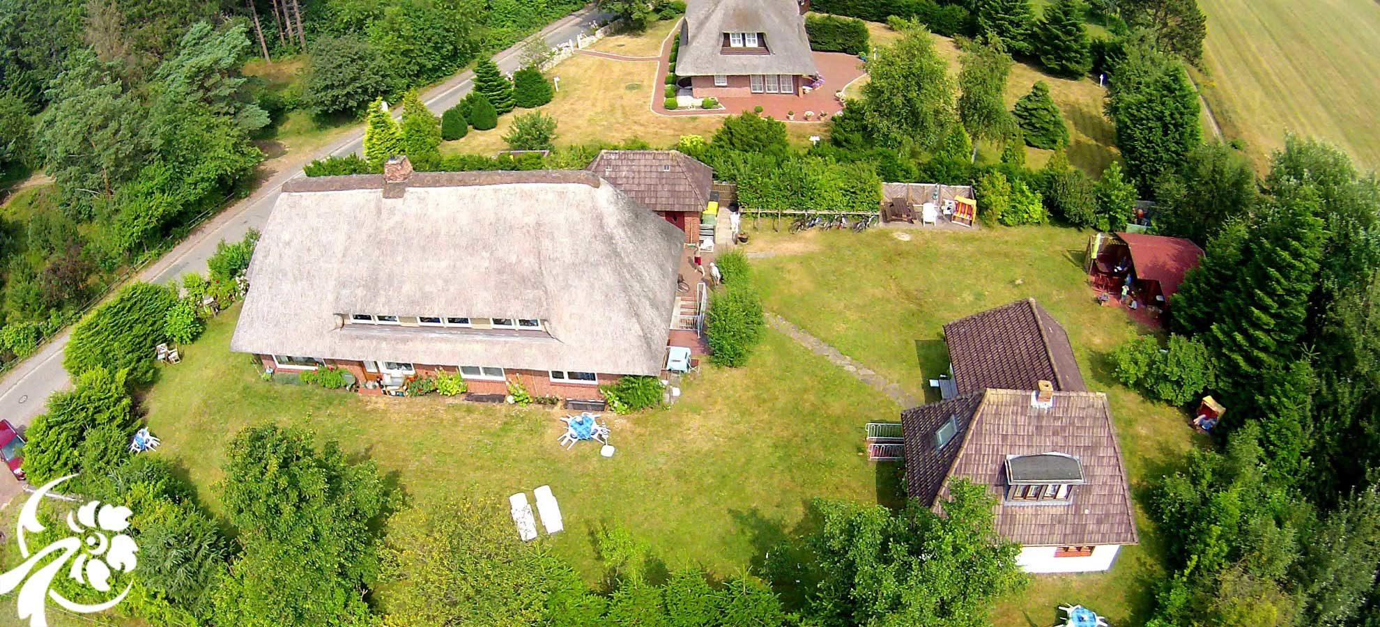 Petersen Ferienwohnungen Luftbild